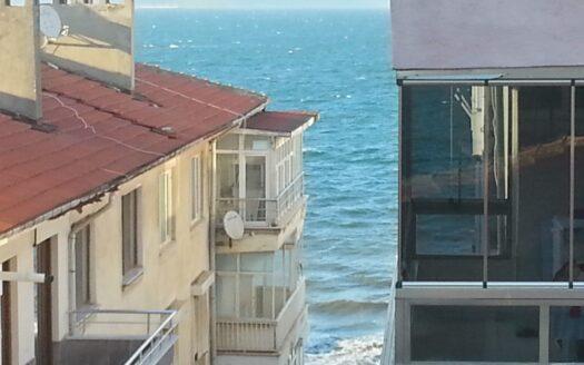 Güzelyalı Merkez'de 2+1 90m² Deniz Gören Daire